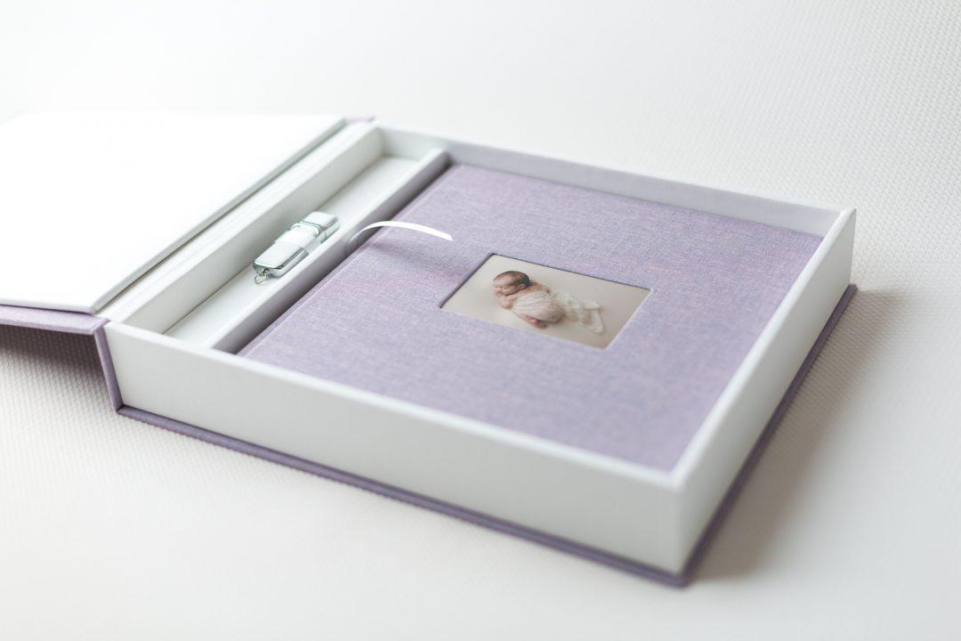 Fotoalbum mit passender Box und USB-Stick